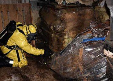 Läckande cyanidtunnor gav ett av få åtal för miljöbrott